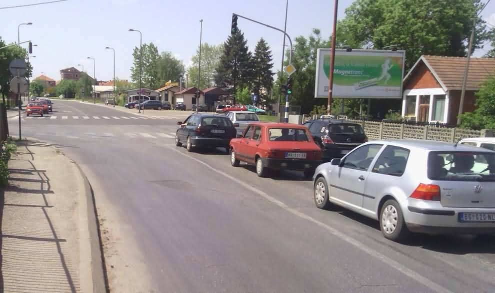 KG A Kragujeva M Vlajica Suke i Beogradska 5x2,4m kod NIS petrola hotela Zeneva elktosumadije(1)